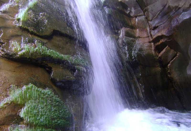 آبشار سه کنج